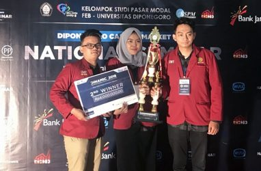 Two IPIEF students declared Second Winner of Diponegoro Capital Market Competition (DINAMIC) 2018